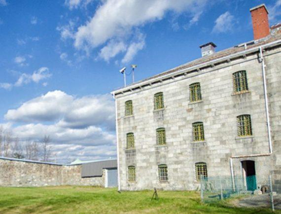 ARTICLE 21 - Une journée en prison