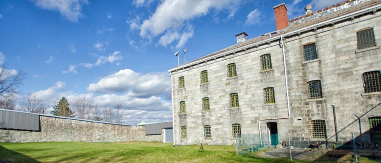 ARTICLE 21 – Une journée en prison